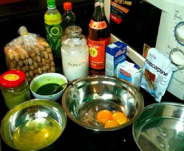 Chuẩn bị nguyên liệu làm bánh Tiramisu trà xanh