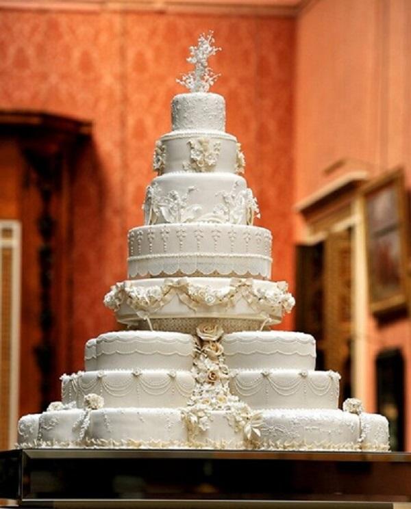 Bánh gato cưới của hoàng tử William với giá 1.9 tỷ đồng