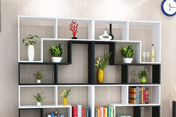 Bạn nên lựa chiếc kệ phù hợp với diện tích và phong cách nội thất của văn phòng